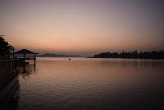 dudhni-lake